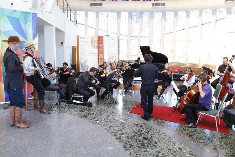Orquestra de Câmara da Ulbra acompanhou músicos