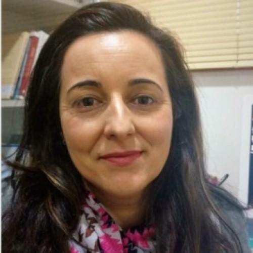 Luciana Oliveira Campos: Advogada, Mestre em Direito e Sociedade, especialista em Direito Público há 20 anos