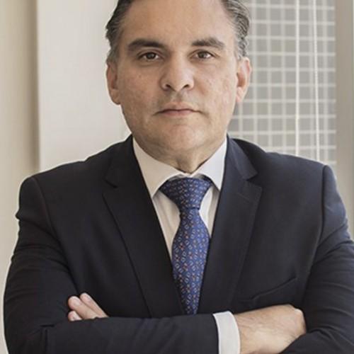 Palestrante: Prof. Dr. Bruno Miragem, Doutor e Mestre em Direito pela UFRGS.  É Professor Adjunto da Faculdade de Direito - UFRGS e nos cursos de graduação e Pós-Graduação