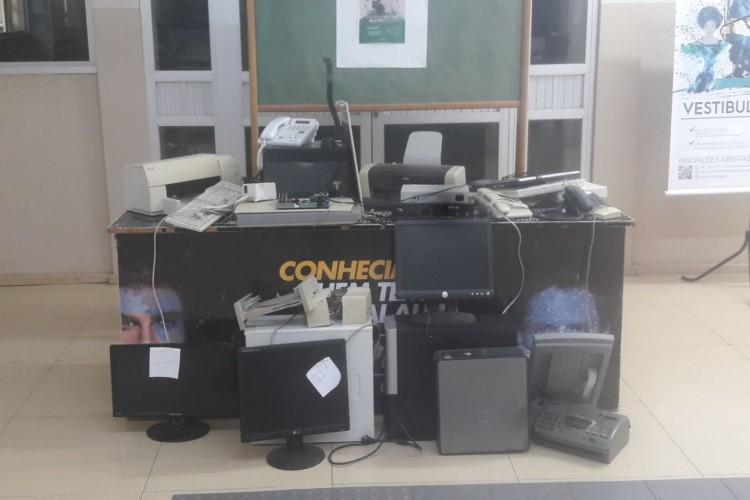 Campanha de coleta de lixo eletrônico