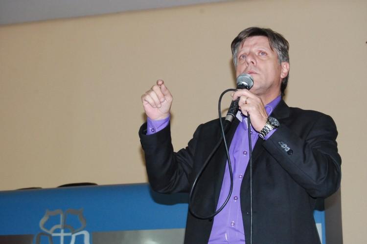 Gerente executivo do jornal Metro Porto Alegre, Luís Grisólio