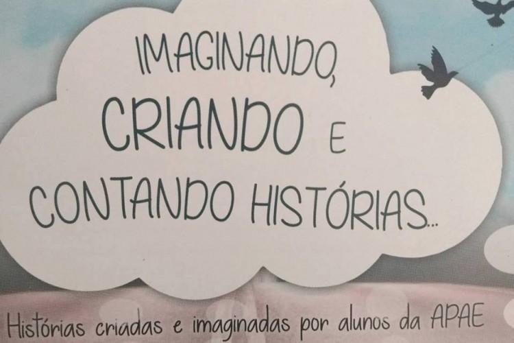 Livro Imaginando, Criando e Contando Histórias