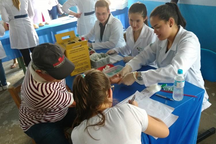 Biomedicina realizou tipagem sanguínea
