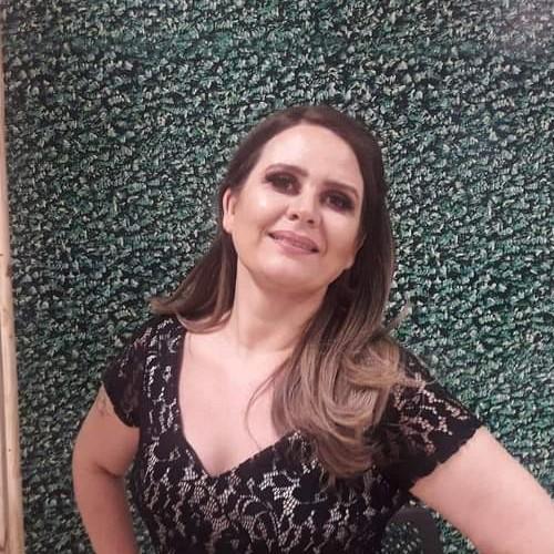 Convidada - Giselle Carolina Thron  - Esteticista Prof. CST em Estética e Cosmética Ceulp/Ulbra / Especialista em Docência no Ensino Superior