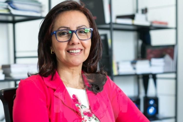 Professora Débora Mutter