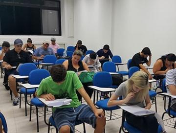 Candidatos participaram do vestibular especial para o curso de Administração