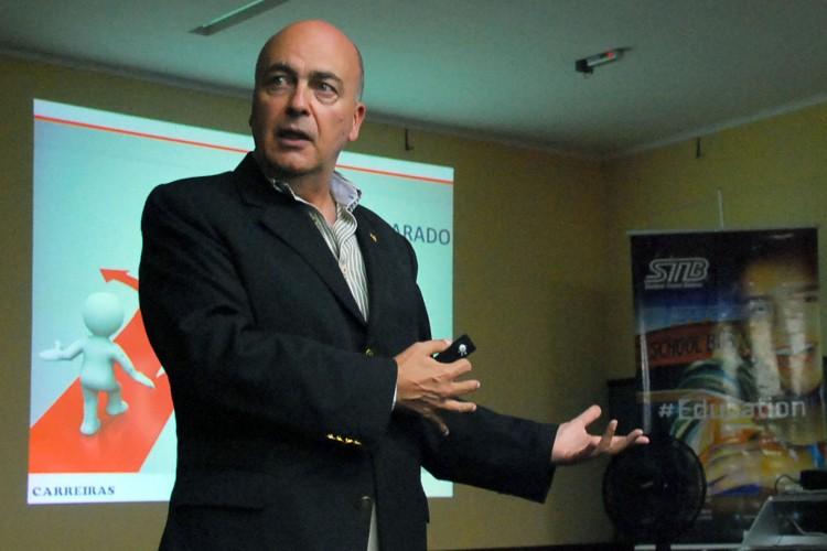 Pinotti falou sobre demandas do mercado de trabalho