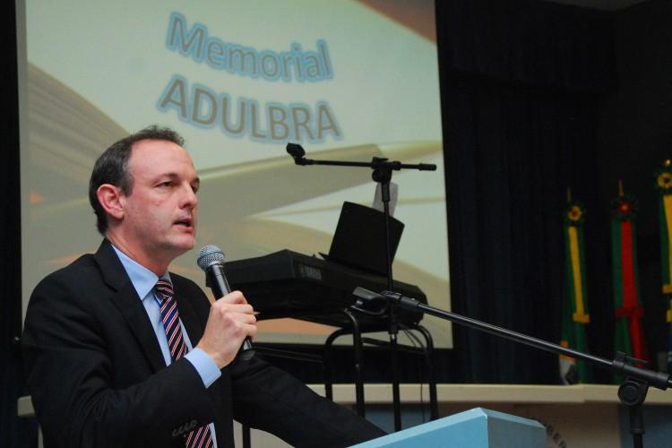 Reitor Marcos Fernando Ziemer foi o homenageado