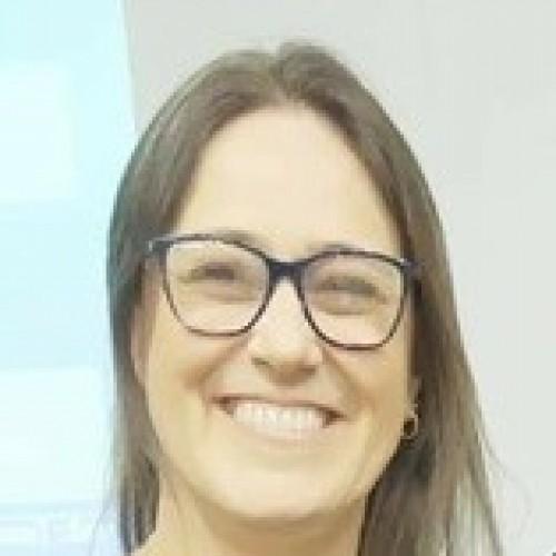 Maria Taísa Rizzon: Fisioterapeuta e educadora física, docente da ULBRA Canoas ministra a disciplina de fisioterapia na saúde da mulher e do homem.