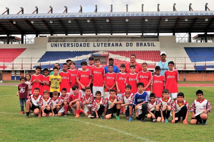 6e1cdefcb4 Projeto Recreação e o Esporte recebe visita de escolinha de futebol ...