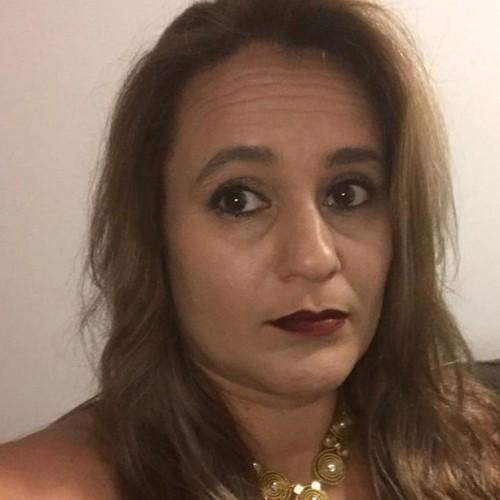 Peti Pithan: Coordenadora Jurídica de Atendimento ao Consumidor - PROCON RS e Advogada