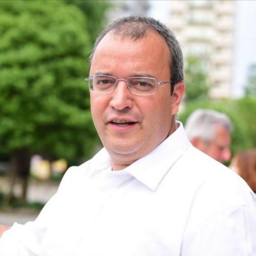 Nuno Naré: Coordenador do Departamento de Futebol Jovem do Club Sport Marítimo de Portugal. Treinador e Tutor do Cristiano Ronaldo - CR7