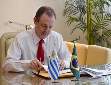 Marcos Ziemer assina protocolo de cooperação entre as duas entidades
