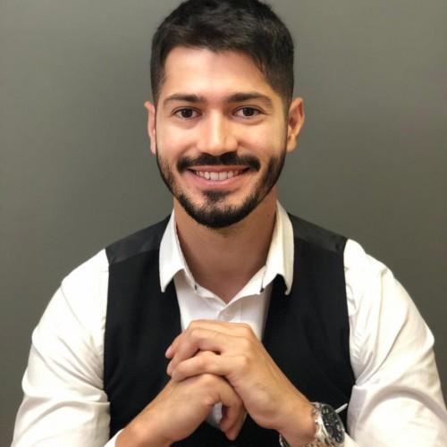 Rafael Fraga, Advogado trabalhista, especialista em Direito e Processo do Trabalho pela PUCRS, sócio da Fraga e Fraga Sociedade de Advogados