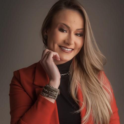 Faena Gall Gófas - Advogada. Professora da Ulbra.