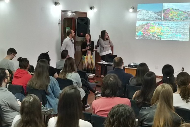 professora Micaele Dias palestrou no Re.Viva Bozano